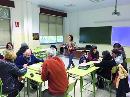 A xornada formativa que a Fundación CEL organizou no IES Río Cabe estivo dirixida ao alumnado do Ciclo superior de Guía, Información e Asistencia turísticas. (Foto cedida).