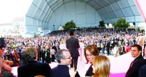 A Feira de Amandi congrega, ano tras ano, a numeroso público procedente de toda a comarca e de fóra da nosa provincia.  Arquivo EC.