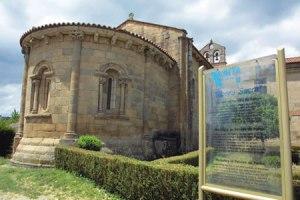O románico de Pantón segue a ser un dos principais atractivos para os visitantes da Ribeira Sacra. Arquivo EC.