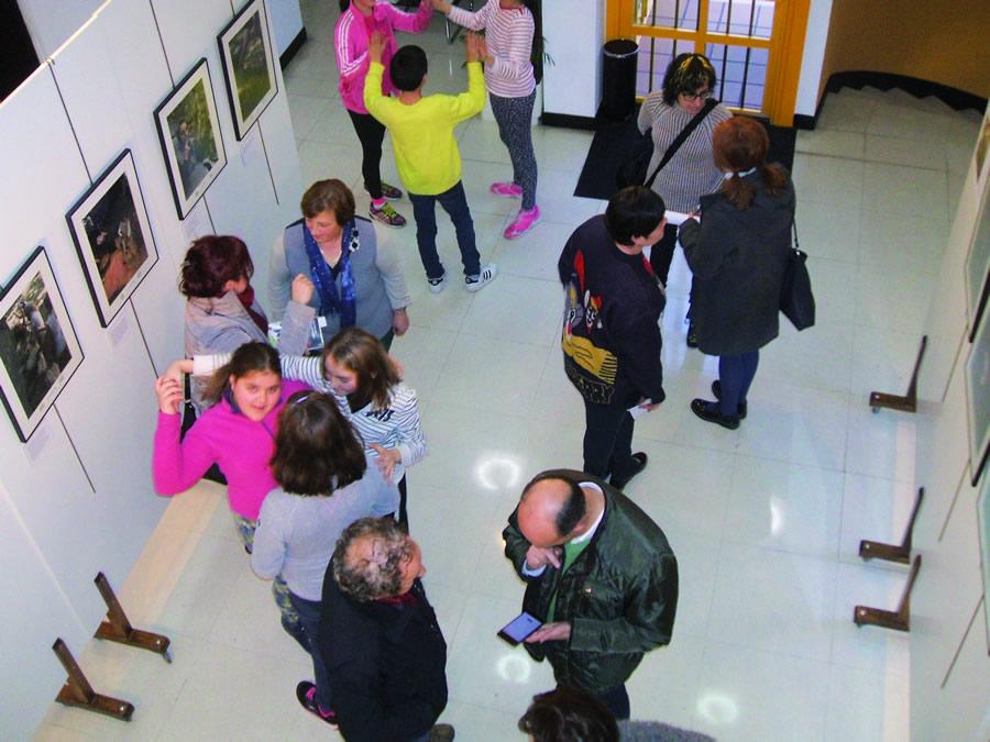 """A exposición fotográfica """"O Liño"""" inaugurouse o pasado 8 de marzo. (Foto cedida)."""
