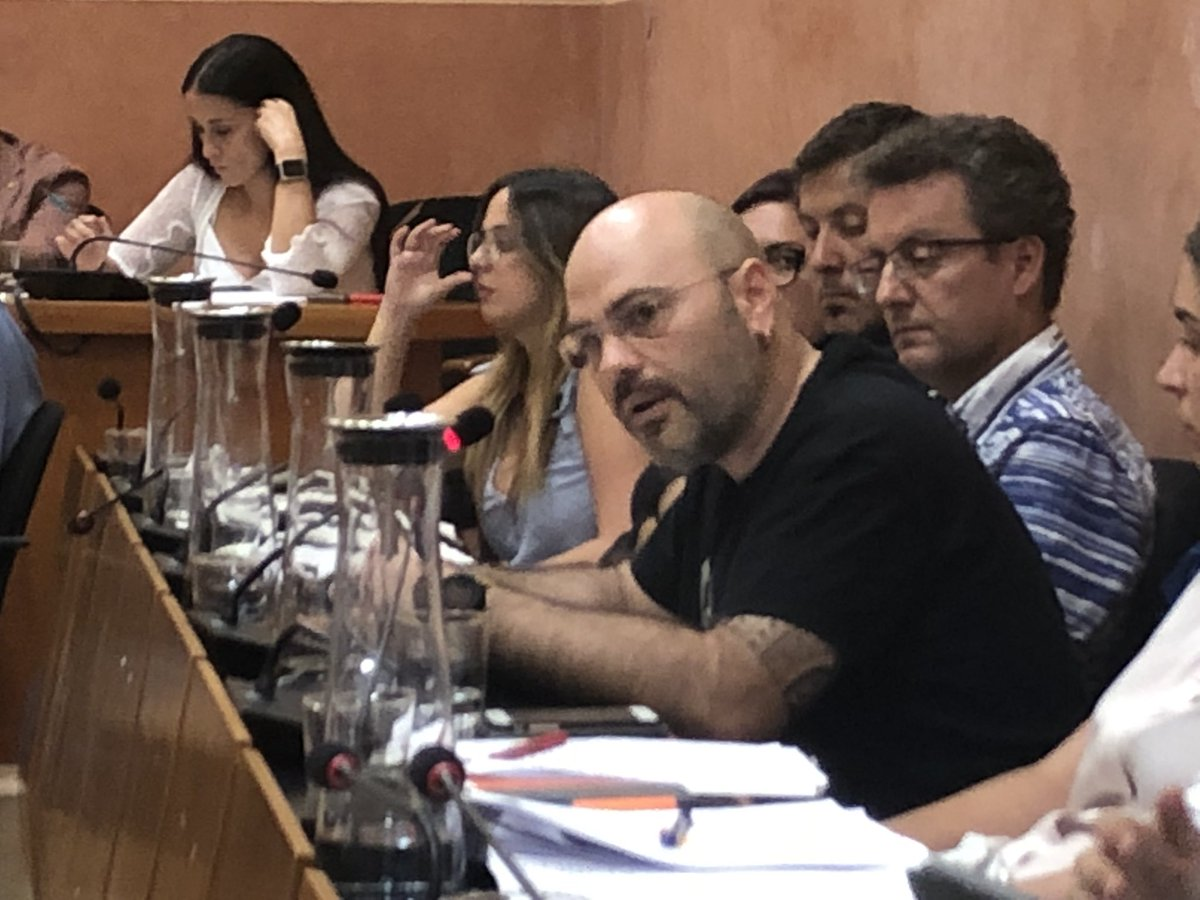 MOCIÓ DEL GRUP MUNICIPAL D'EN COMÚ PODEM RUBÍ EN DEFENSA DELS DRETS DE LA CIUTADANIA EN SITUACIÓ DE VULNERABILITAT ENERGÈTICA, I DE SUPORT A LA TASCA DELS AJUNTAMENTS AFECTATS PER LA RECLAMACIÓ DE LA COMPANYIA ENDESA EFECTUADA DURANT EL MES D'AGOST DE 2019