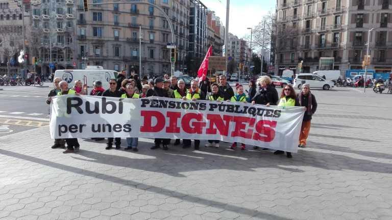 Miles de personas se movilizan en un gran seguimiento de la huelga general en Euskal Herria