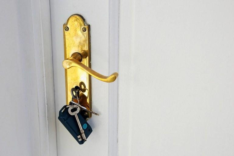 El Servei d'Habitatge denuncia 19 anuncis d'ofertes de lloguer de portals immobiliaris per no complir la llei
