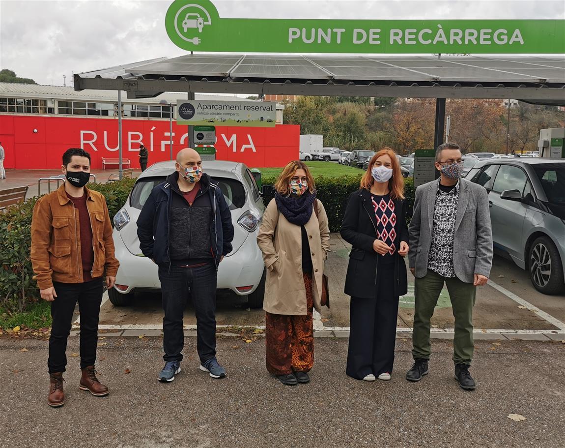 La candidata dels comuns, Jéssica Albiach, visita el Rubí Brilla