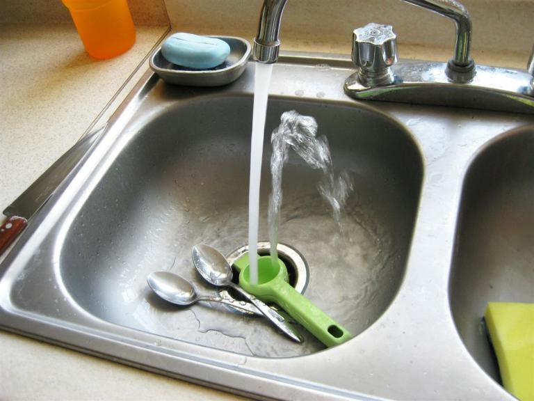 Rubí Brilla i Sorea faran un taller en línia per estalviar aigua i reduir la factura