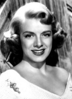 Rosemary_Clooney, in 1954.