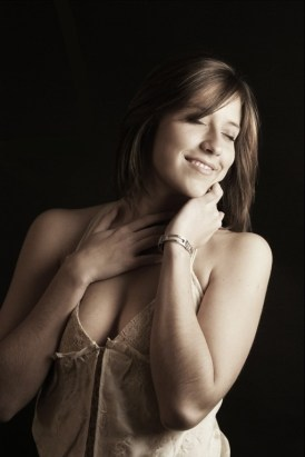 Shandi-lee-Cox-femme-extase-plaisir-amoureuse.jpg