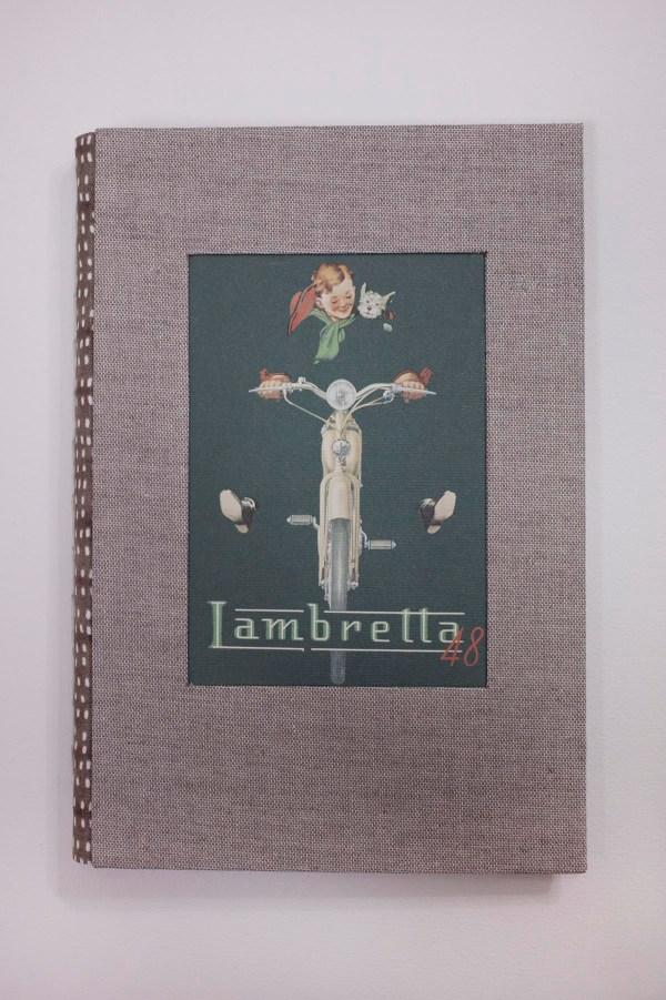 cuaderno de notas con ilustración