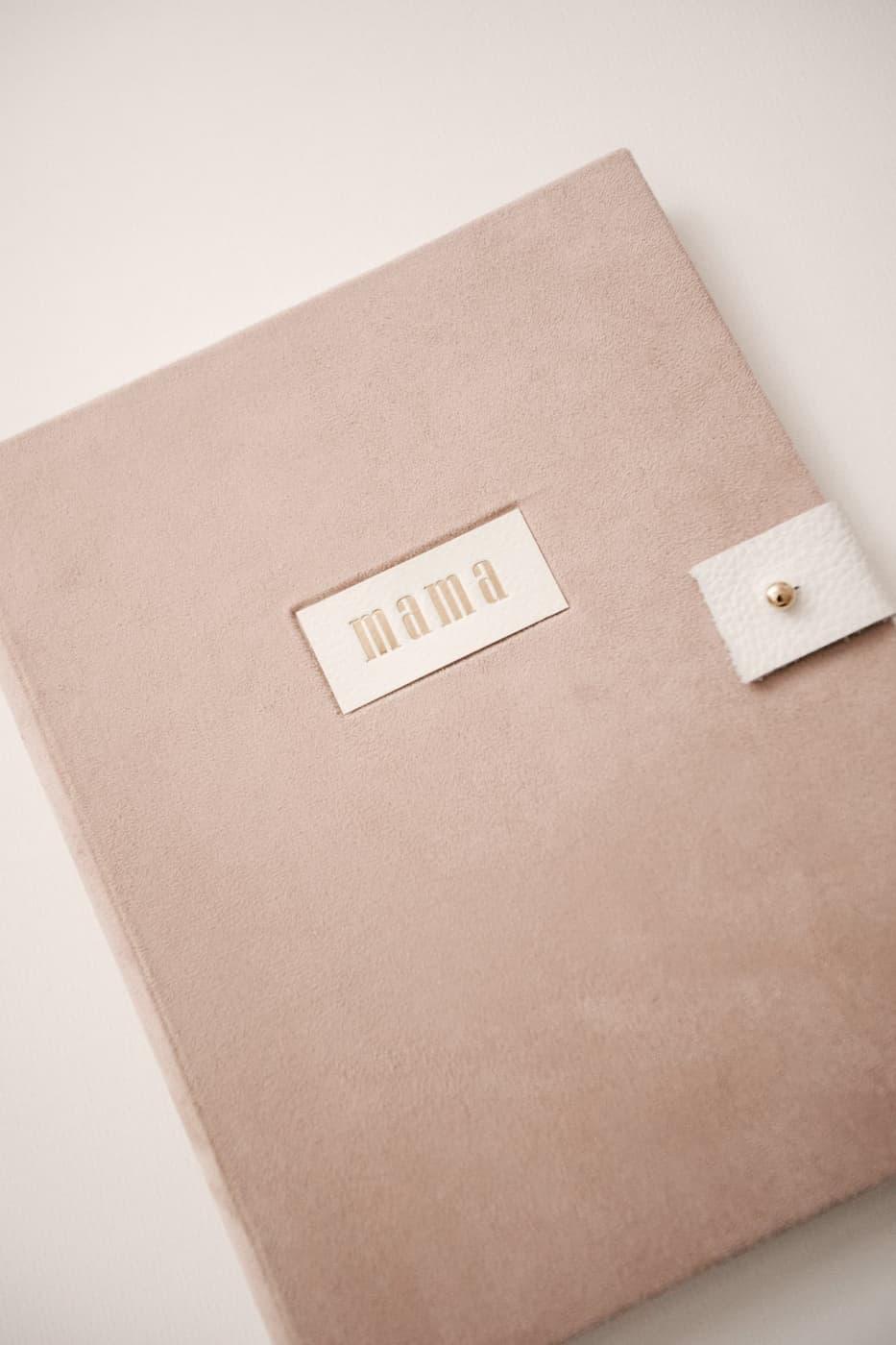 carpeta portafotos con cierre y grabado personalizado