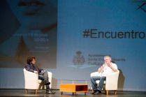 Enrique Ramírez Guedes introduce el coloquio.