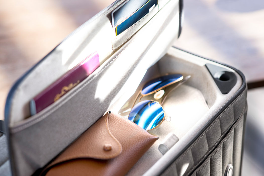 escape_suitcase_02