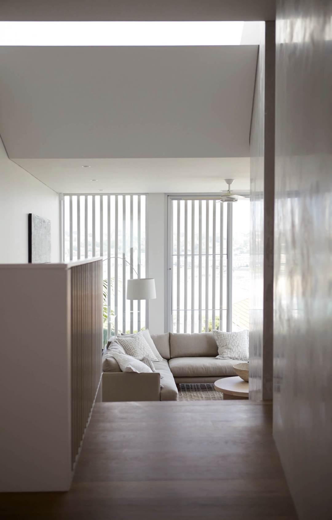 est living interiors cliff top house hareklein 4