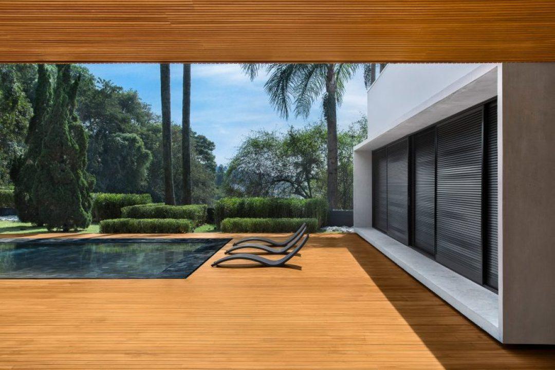 MV House by Studio Guilherme Torres
