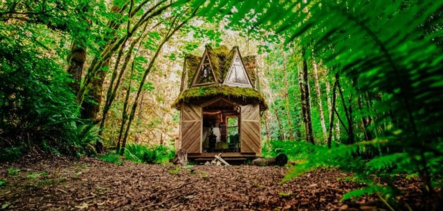 tiny cabin crafter Jacob Witzling has taken inspiration from childhood fairytales