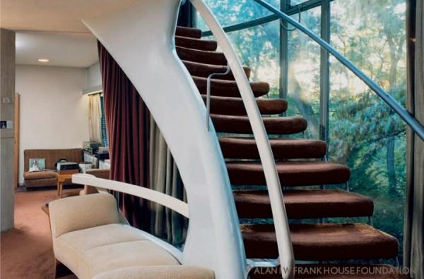 The_Alan_I_W_Frank_House_stair