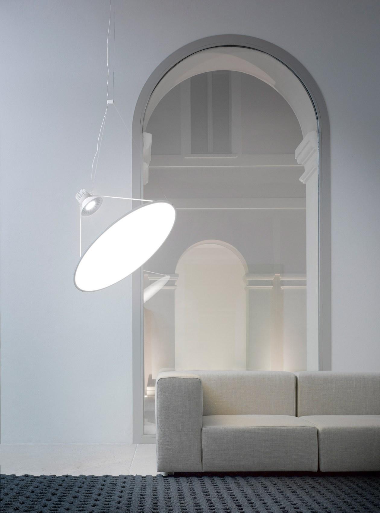 amisol-lamp-design_dezeen_2364_col_3.jpg