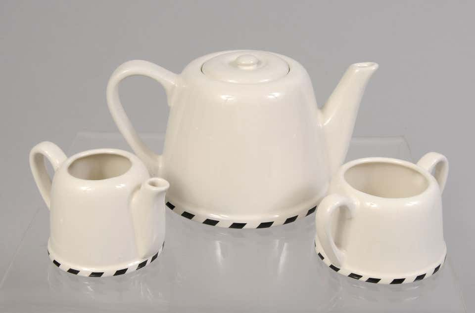 Tea set by Geoffrey Beene