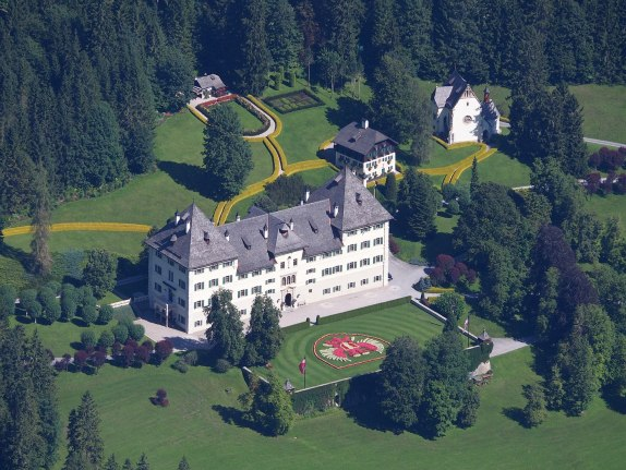 Blühnbach Castle aerial shot