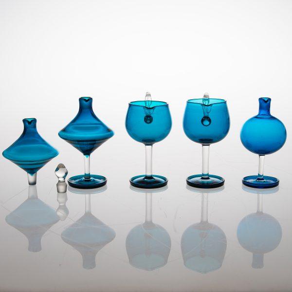 A 25 piece 'Harlekiini' glasswear