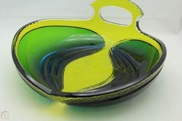 Léon Ledru four colour centrepiece