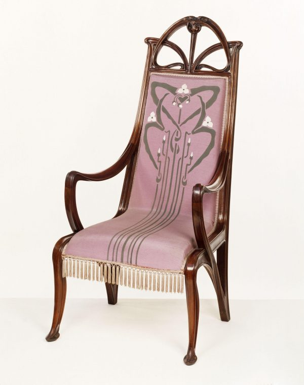 Armchair (1899-1900) by Louis Majorelle (V&A)