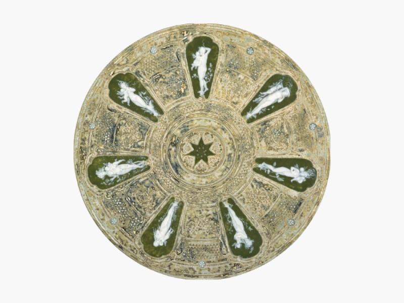 Dish with pâte-sur-pâte cameo inserts - featured image