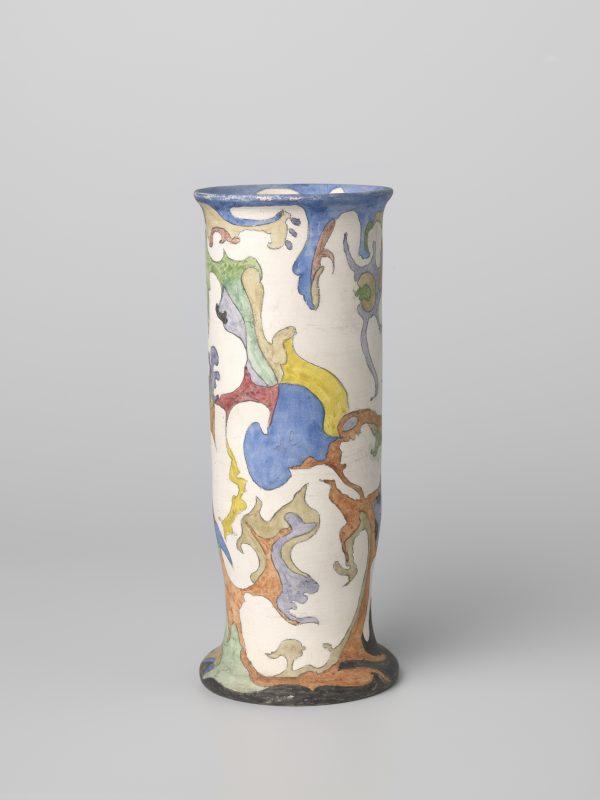 Vase, Colenbrander, ca.1920 made by Plateelbakkerij Ram