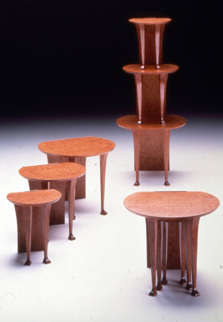 Nest Tables - Andrews Sisters by Pedro Mirrales