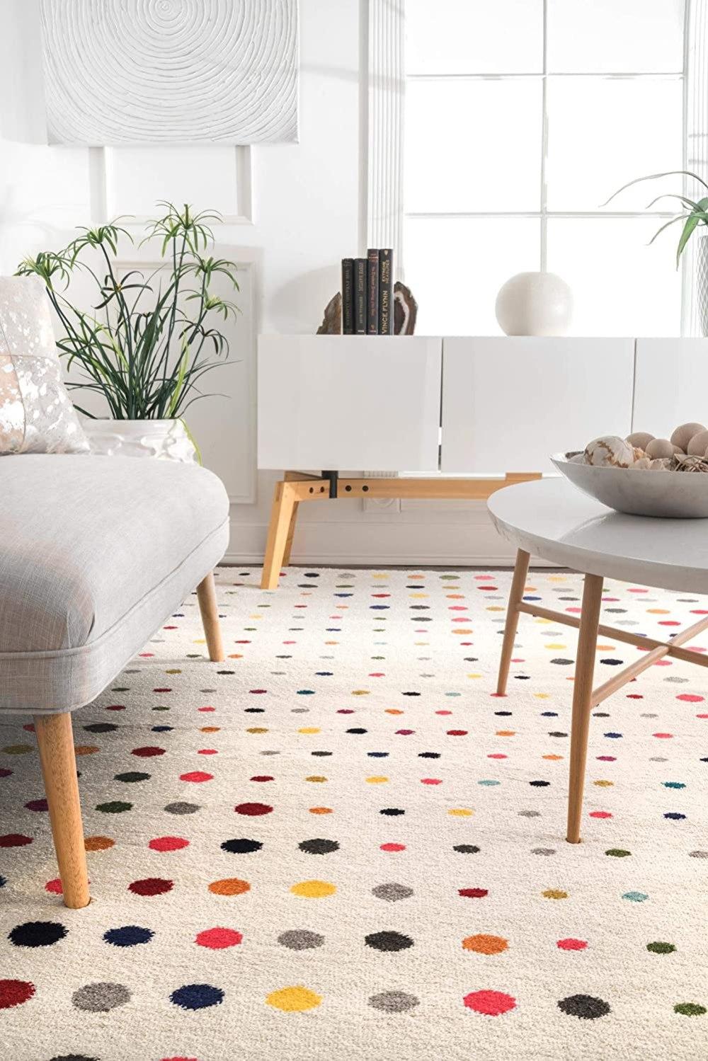 nuLOOM Dorie Dots Area Rug, 5' x 8', Multi