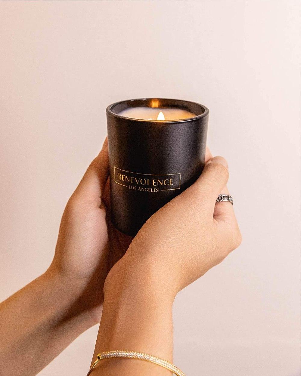 Premium Rose & Sandalwood Candle
