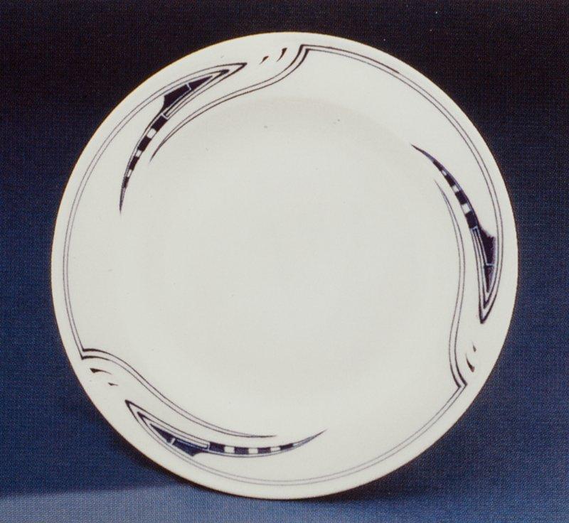 Dinner plate, 1904 designed by Henry van de Velde