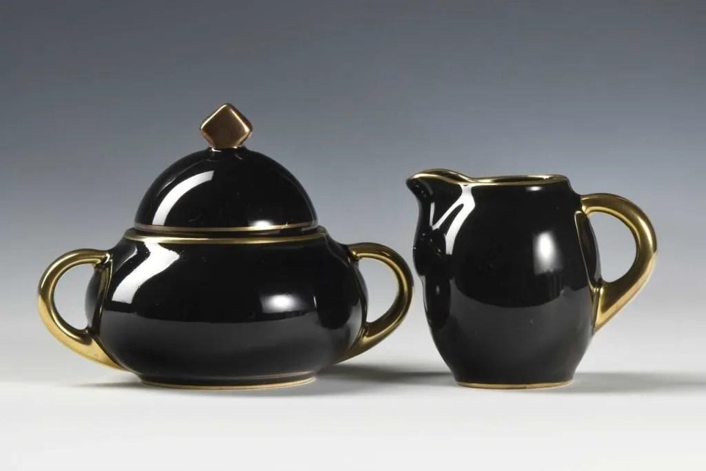 Model 1865 Sugar Bowl and Jug, 1931 designed by Nora Gulbrandsen