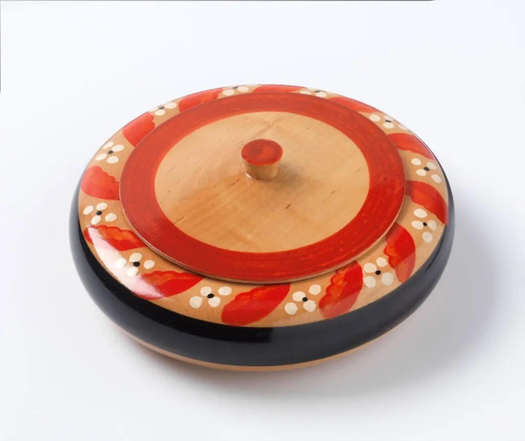Flattened Bowl (1930s) designed by Nora Gulbrandsen
