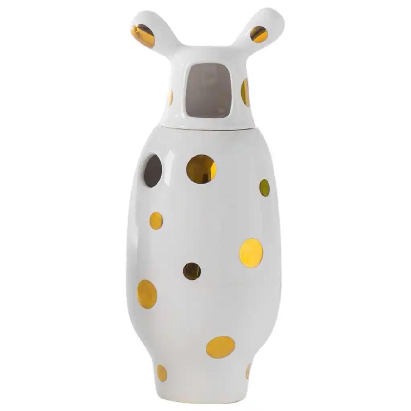 White ceramic vase in 24 carat gold designed by Jaime Hayon