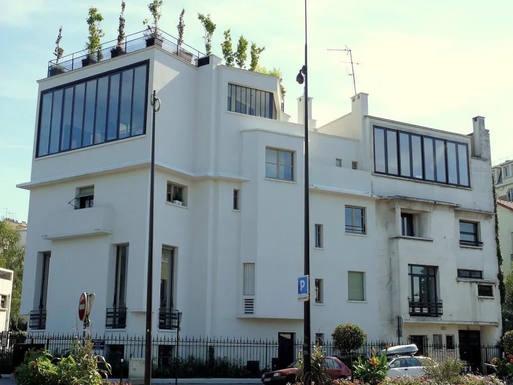 Boulogne-Billancourt - 2 rue Gambettaby designed by Pierre Patout