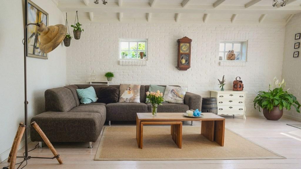 Sofa centre-piece featured image