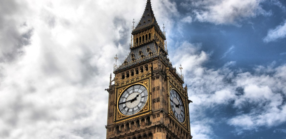 Big Ben rings out over London for the first time
