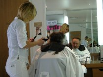 Time for a haircut in Reims, at the very good Jean Louis David, Place Myron.
