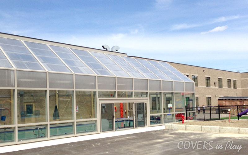 Top Reasons To Install Retractable Roofs Over Swimming Pools