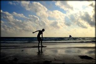 silhouette skim boarder