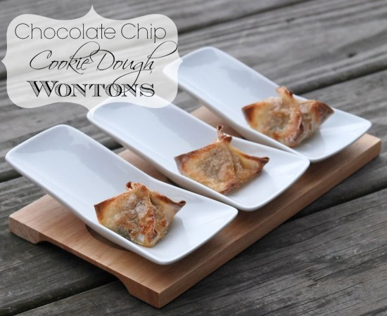Crispy, cinnamon sugar-topped, chocolate chip cookie dough-filled baked wontons. Holy moly, these look amazing!