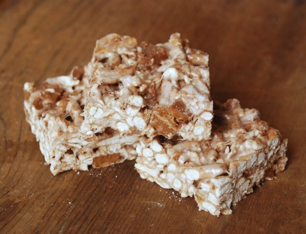 Make rice krispies treats but with pretzels instead of the cereal and with chunks of chocolate-covered toffee mixed in.
