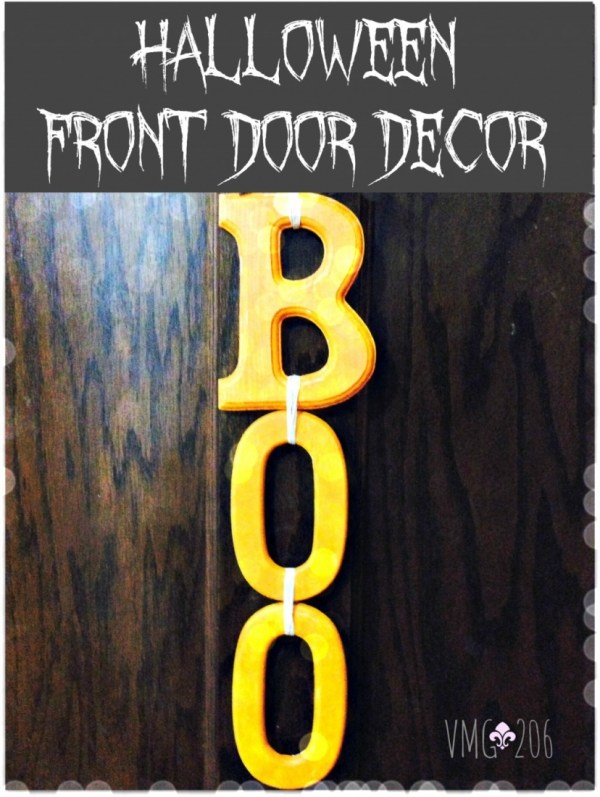 Make this cute Halloween Front Door for almost nothing, and in just a few minutes!
