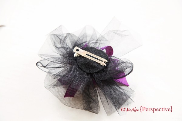 Learn how to make 3 different kinds of adorable Halloween hair bows!