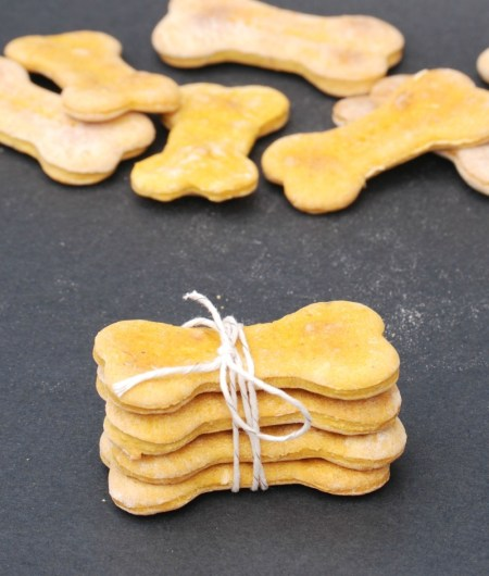 Make easy and delicious Pumpkin-Banana dog treats for your best furry friend!
