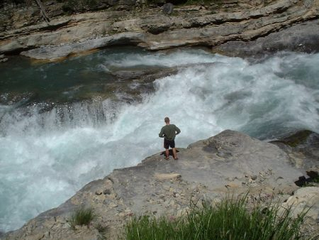 whitewater_-_triple_step_on_the_river_guil_in_french_alps
