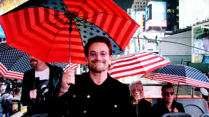 U2_youre_the_best_thing_about_me_video_foto