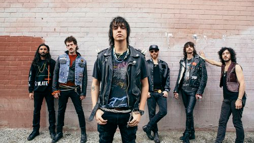 julian-casablancas-the-voidz-leave-it-in-my-dreams-canzone-end-of-a-century-foto