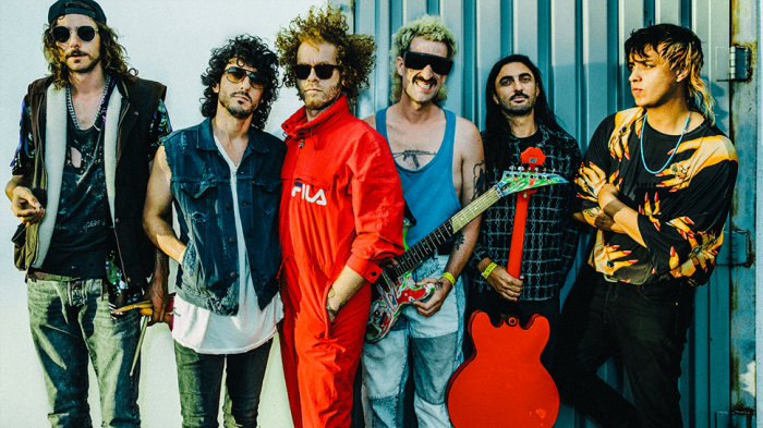 the-voidz-qyurryus-canzone-end-of-a-century-foto