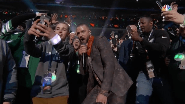 justin-timberlake-super-bowl-2018-video-fan-pic-end-of-a-century-foto